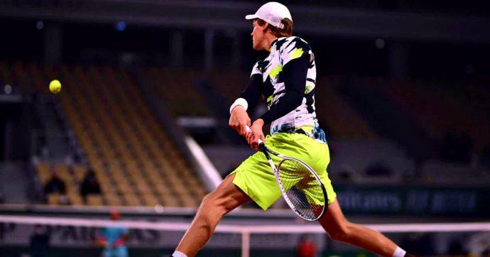 Jannik Sinner eliminato da Nadal: ecco com'è andata la partita giocata nella notte al Roland Garros