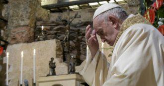Caso Becciu, l'etichetta del 'Papa ingannato' non basta più. Ecco i cinque errori del pontefice