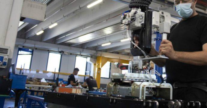 """In agosto produzione industriale italiana è salita del 7,7%. Financial Times: """"E' la ripresa più rapida tra tutti i grandi paesi Ue"""""""