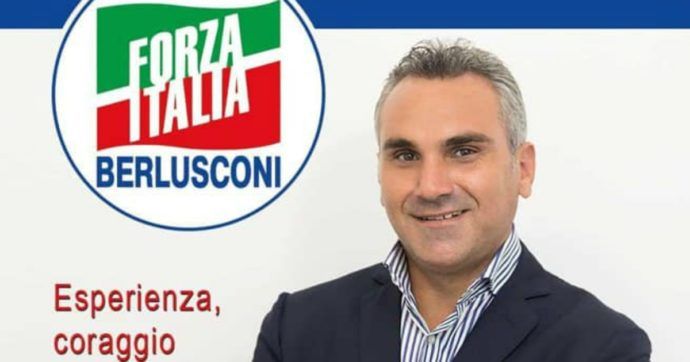 """Il """"re delle preferenze"""" di Marsala indagato per abuso d'ufficio e furto di energia elettrica: è stato appena rieletto con Forza Italia"""