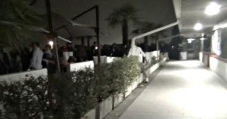 Festa abusiva con 500 persone in un locale del Trevigiano: blitz della polizia e denuncia – VIDEO