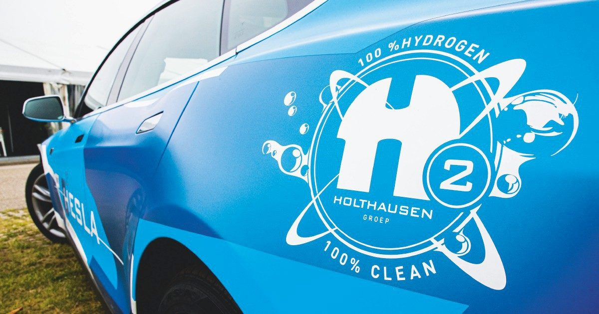 """L'equivoco H2 – Altro che svolta green. Con l'idrogeno """"blu"""" esultano solo i colossi"""