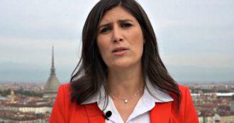 """Torino, la sindaca Appendino non si ricandiderà. L'annuncio in un videomessaggio: """"Scelta dolorosa, ma sono coerente con i miei principi"""""""