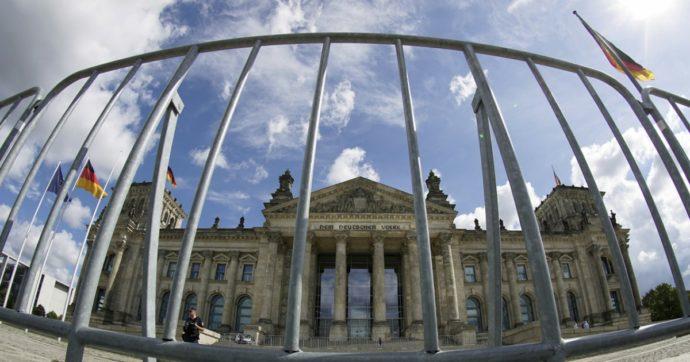 Germania, popolazione in calo per la prima volta da 10 anni. Paese in deflazione, crolla la fiducia degli investitori