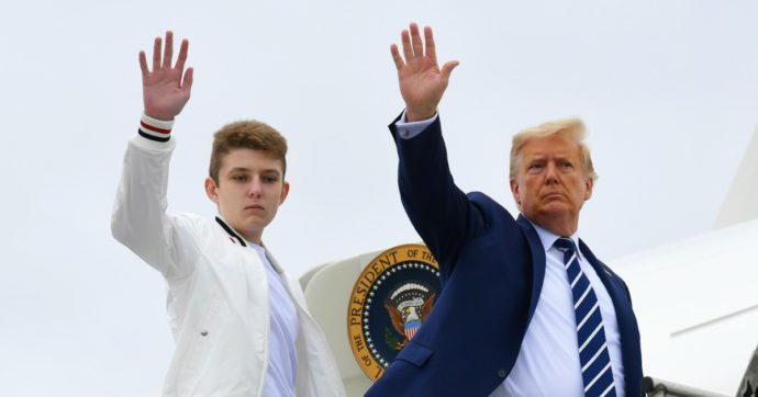 Barron Trump contagiato: il figlio 14enne del presidente Usa e di Melania è ora negativo