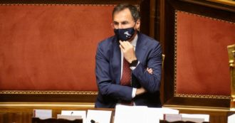 """Covid, il ministro Boccia alle Regioni: """"Vi abbiamo aiutato ora risposte"""". Arcuri: """"Non hanno attivato 1600 posti di intensiva"""""""