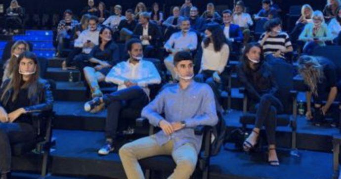 Il pubblico in tv, ecco come funziona: test per entrare, mascherine (giuste?) e distanza