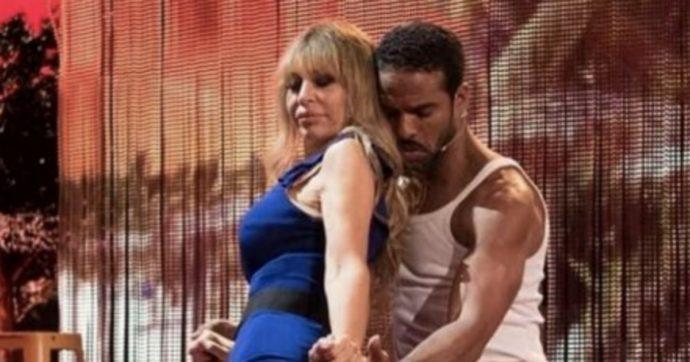 """Ballando con le Stelle, """"il marito di Alessandra Mussolini geloso di Maykel Fonts""""?"""