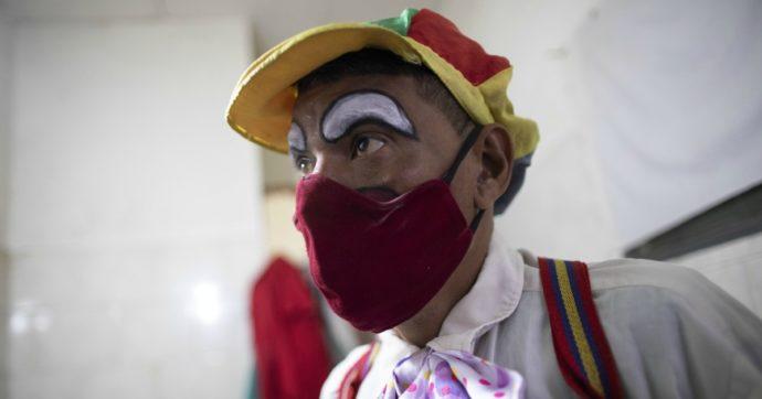 I clown-dottori non possono più entrare dentro gli ospedali: associazione lancia una petizione
