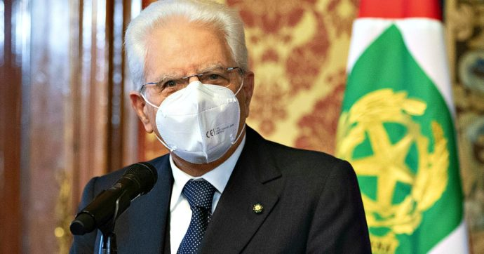 """Giornata contro la violenza sulle donne, Mattarella: """"Durante la pandemia drammatico aumento di casi tra le mura domestiche"""""""