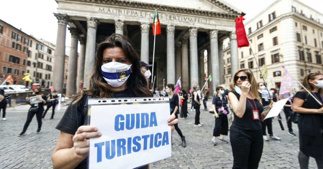 """Guide turistiche e interpreti, crisi senza fine: """"Col Covid perso fino al 70% dei guadagni. Cerchiamo di reinventarci ma viviamo di risparmi"""""""