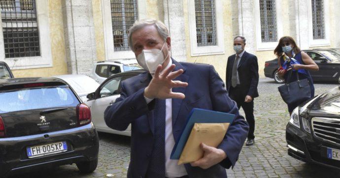 """Visco (Bankitalia): """"possibile qualche vittima tra le banche"""". Il governatore lancia l'allarme ma rimarca la solidità complessiva del settore"""