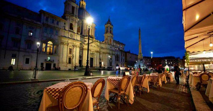 Nuovo Dpcm, tavolo governo-Enti locali: le ipotesi in campo e il nodo ristoranti alla sera. Varianti, Regioni vogliono parere Cts su scuole