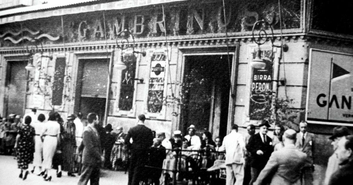 """130 anni del Gambrinus, dove Sartre e Marinetti si sedevano per sentire tutti i """"sapori"""" di Napoli"""
