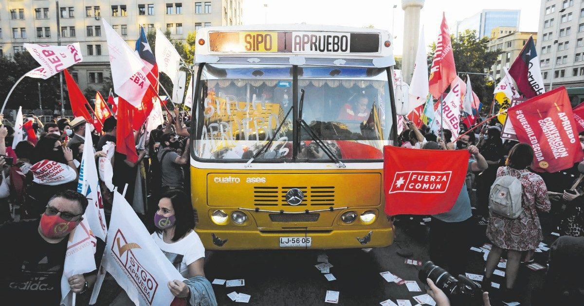 """""""È la Costituzione di Pinochet: ora il popolo deve cambiarla"""""""