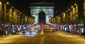 """Coronavirus, il Comitato scientifico in Francia: """"La seconda ondata più grave della prima, si va verso i 100mila casi al giorno"""""""
