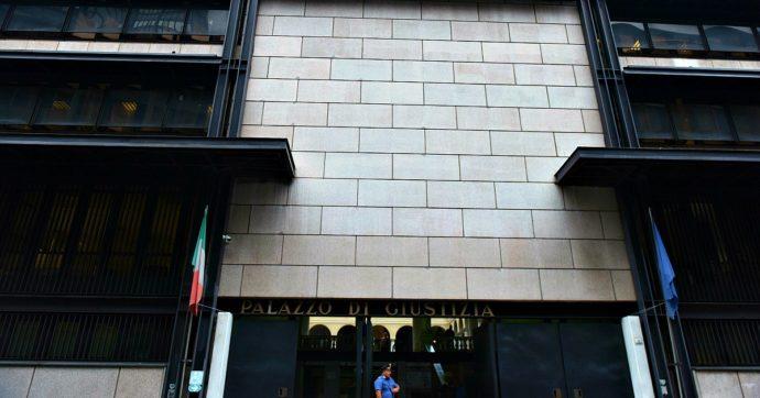 """Genova, tutte le aule del palazzo di giustizia inagibili: """"Aerazione non rispetta la normativa anti-Covid"""". Udienze rinviate"""