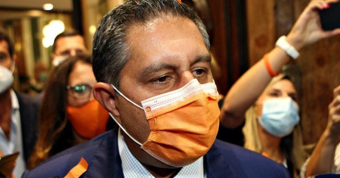 """Liguria, per Toti l'accusa di privatizzare la sanità è """"offensiva"""". Ma intanto mette a gara 53 posti letto dell'ospedale di Rapallo"""