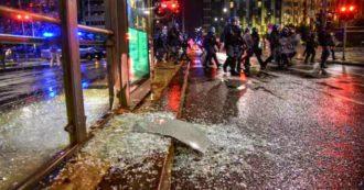 Proteste in tutta Italia contro le chiusure anti-Covid. Devastazioni a Torino e Milano. A Napoli in migliaia davanti alla Regione