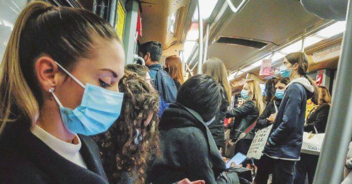 Trasporto pubblico, la Toscana dimezza la capienza dei bus. In Liguria scende al 60%. Tutte le regole nelle Regioni