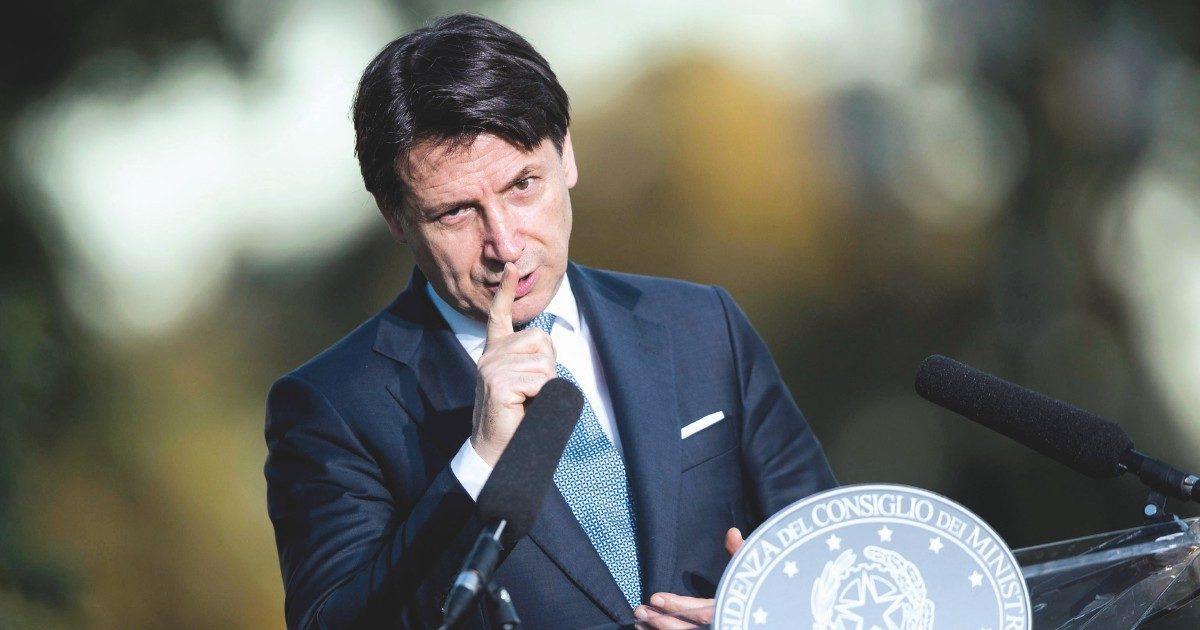 """Giuseppe Conte, l'intervento sul Fatto Quotidiano: """"Ecco perché ho chiuso alle 18. Nessuno ora soffi sul fuoco"""""""