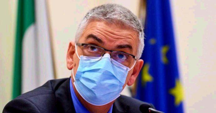 """Coronavirus, Brusaferro: """"Non mollare presa sugli asintomatici, vanno tracciati. Adattare le misure della scuola all'andamento dei contagi"""""""