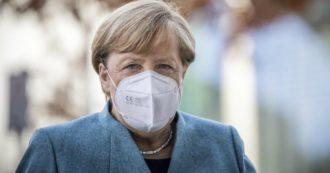 """Coronavirus, parziale lockdown in Germania dal 2 novembre. Merkel: """"Misure dure, fallito il tracciamento"""". Stadi e ristoranti chiusi, aperti scuole e negozi"""