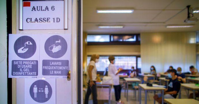 La chiusura delle scuole in Puglia diventa un caso: le ministre Azzolina e Bellanova contro Emiliano, Orlando e Franceschini lo difendono