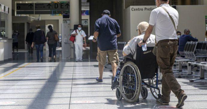 """Centri diurni per disabili, ora le famiglie temono altre chiusure: """"Siamo terrorizzati, non possiamo restare ancora senza assistenza"""""""
