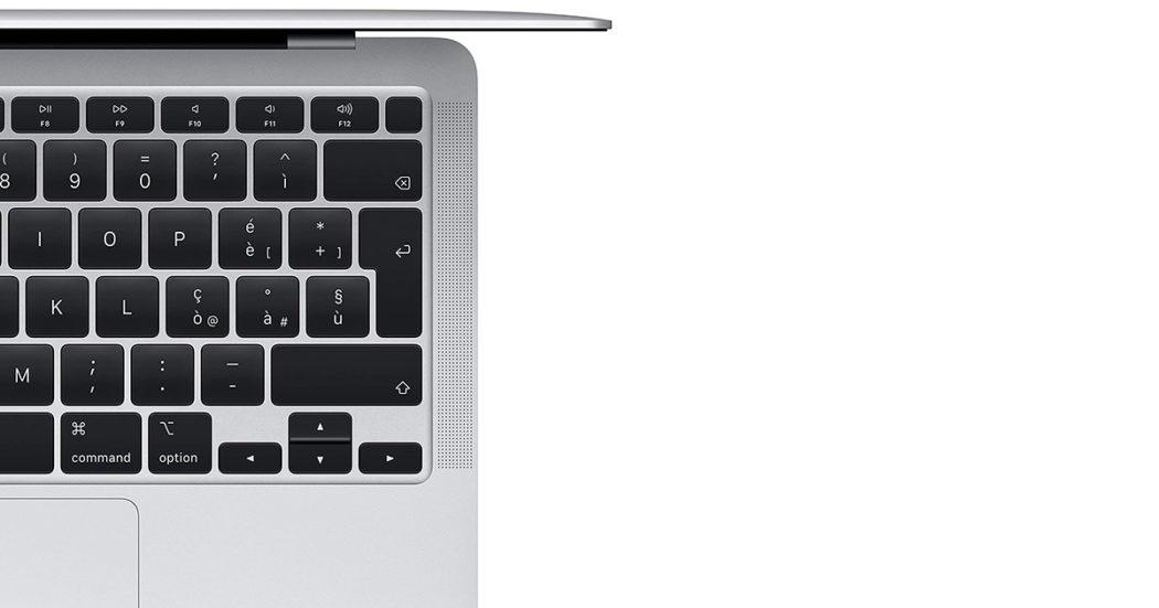 Apple MacBook Air, portatile ultrasottile ma potente Su Amazon con 162 euro di sconto