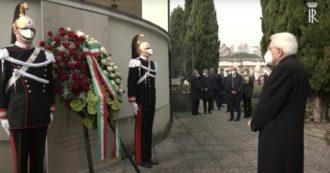 """Covid, Mattarella depone una corona di fiori al cimitero di Castegnato: """"Impegno per sconfiggere il virus. Mettere da parte egoismi"""""""