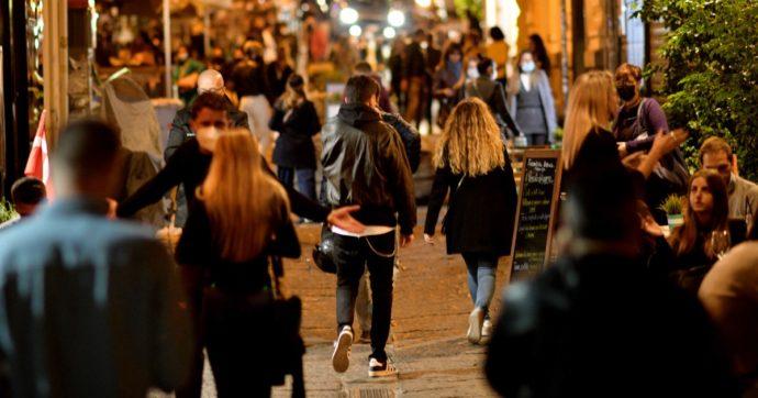 """I commercianti della Campania: """"Lockdown subito per riaprire a Natale. In questo momento rischiamo di più a restare aperti"""""""