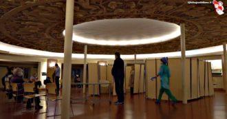 """Il Museo della Scienza di Milano si trasforma in ambulatorio privato per le vaccinazioni: """"Qui anche tanti over 65"""". """"Mesi di attesa con l'Ats"""""""