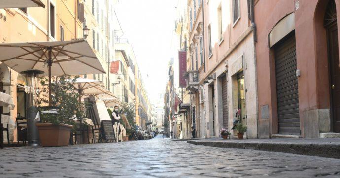 """Commercio, Istat: """"A luglio vendite al dettaglio in aumento anno su anno. I piccoli negozi fanno meglio dell'e-commerce"""""""