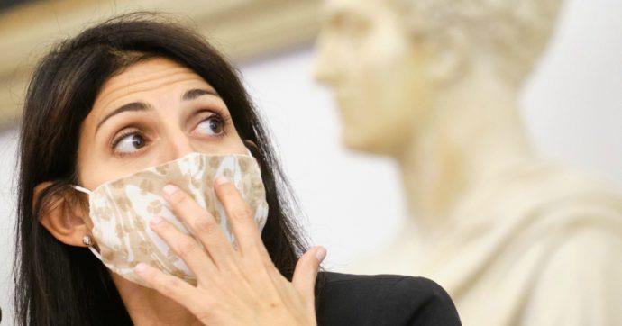 """Roma, la sindaca Virginia Raggi è positiva al Coronavirus: """"Continuo a lavorare da casa"""""""
