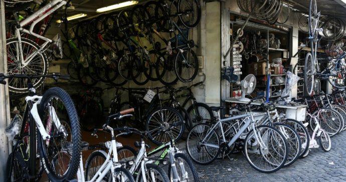 """Bonus bici, dopo i rallentamenti i 215 milioni stanziati vanno esauriti in un solo giorno. Il ministero: """"Metteremo altre risorse"""""""