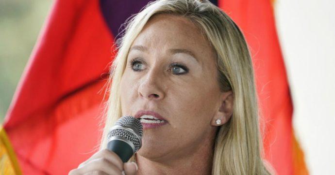 Elezioni Usa 2020, i complottisti di QAnon arrivano al Congresso: eletta la filo-trumpiana Marjorie Taylor Greene