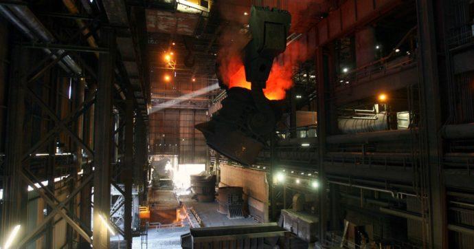 Ex Ilva, forse una luce in fondo al tunnel. Lo Stato pronto a mobilitare un miliardo di euro per trattenere Arcelor Mittal