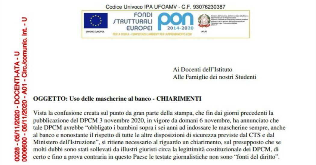 """""""Mascherina al banco non obbligatoria"""". A Ferrara  preside fuorilegge sostiene che il Dpcm non la imponga. Poi la retromarcia"""