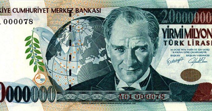Turchia, boccata d'ossigeno per la lira. Nel week end cambio ai vertici della banca centrale e del ministero del Tesoro