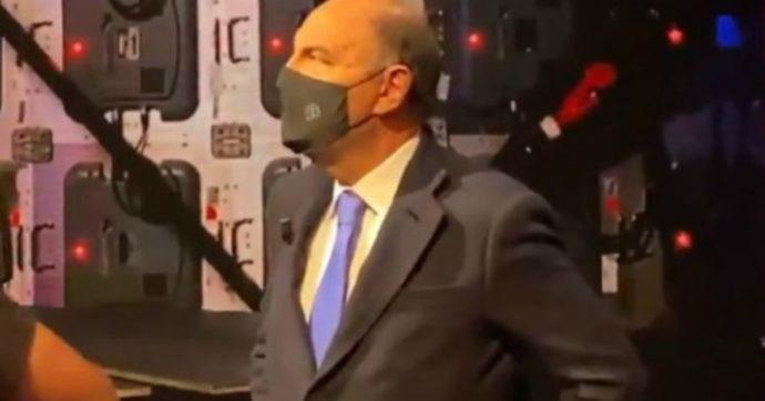 """Quarta Repubblica, Bruno Vespa e il Covid: """"Ho ripensato a Mussolini e a piazza Venezia piena"""". Scoppia la polemica"""