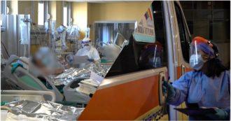 """""""Ricoveri triplicati rispetto a marzo, 99% delle rianimazioni in sovraccarico. E manca il personale"""". Viaggio negli ospedali del Piemonte al collasso"""