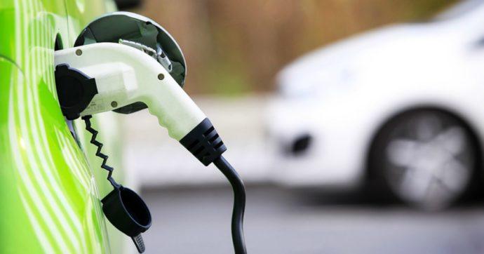Auto elettriche e ibride, maggiore diffusione in Italia è anche merito del noleggio