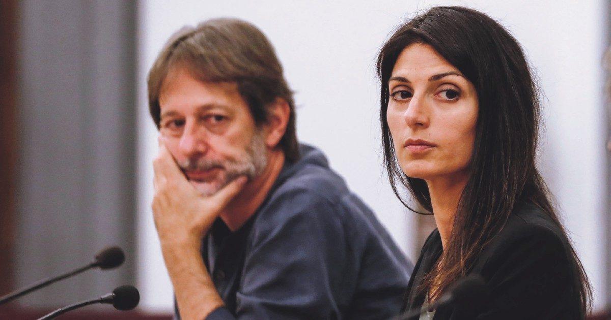 Strappo definitivo tra la Raggi e Bergamo: il vicesindaco ha chiesto un incarico a Parigi