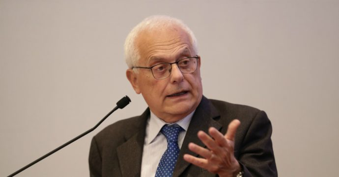 """Vincenzo Visco: """"Il prelievo fiscale grava troppo sui redditi dei lavoratori. Una riforma per correggere lo squilibrio"""""""