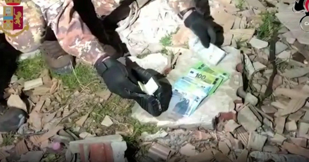 """Mafia, colpo alla Società foggiana: 40 arresti De Raho: """"Ora è il primo nemico dello Stato"""""""