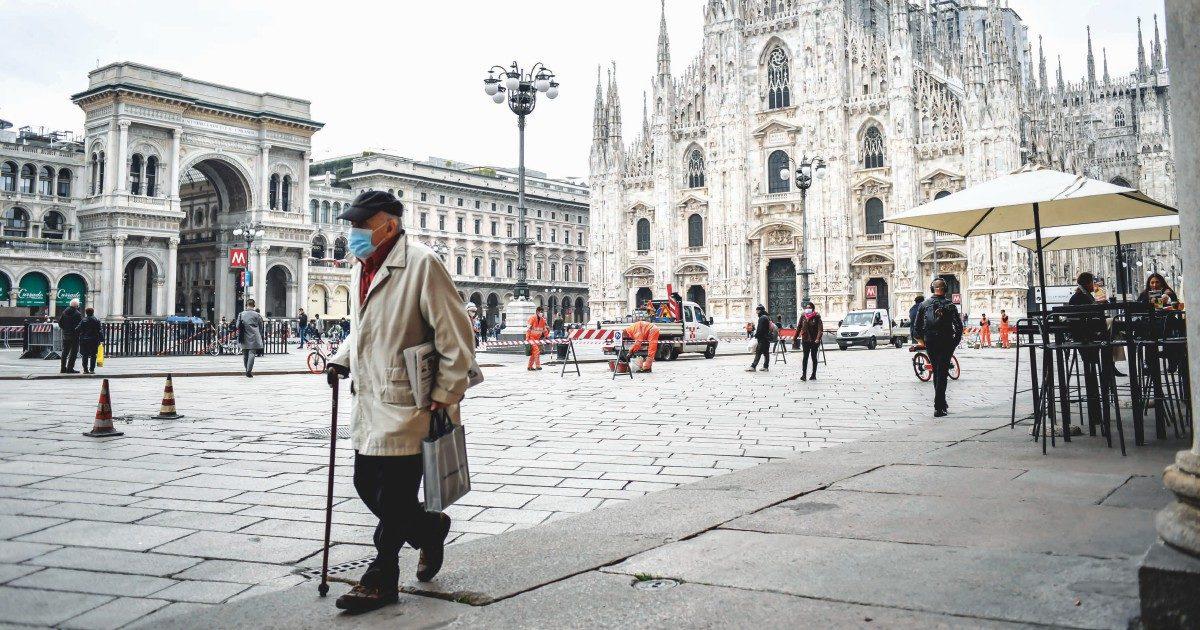 """In Lombardia basta che paghi 450 euro per """"curarti a casa"""""""