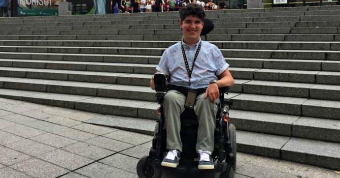 """""""Mi sono laureato ai tempi della dad e agli altri studenti disabili dico: se i vostri atenei non vi accolgono, fate in modo che le cose cambino"""""""