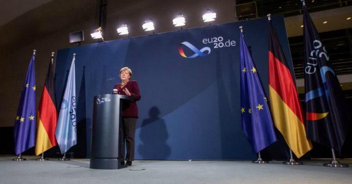 """Recovery fund, resta il veto di Ungheria e Polonia: trattative in stallo. Merkel: """"Serve una soluzione, valutare tutte le opzioni"""""""