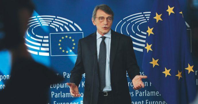 Bruxelles, Sassoli riapre (in anticipo) l'ufficio presenze. Gli eurodeputati tornano a incassare la diaria con una settimana di anticipo